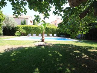 Six bed Villa with pool in the centre of St Tropez
