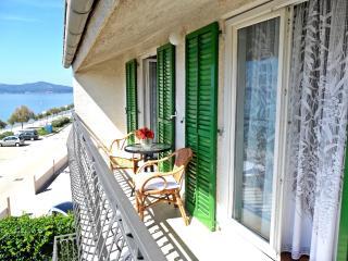 Beachfront apartment Bianca II