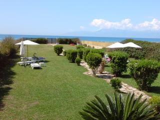 Just Relax Villa, Acharavi