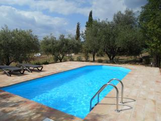 Villa de Tassy, sleeps up to 6,private pool.