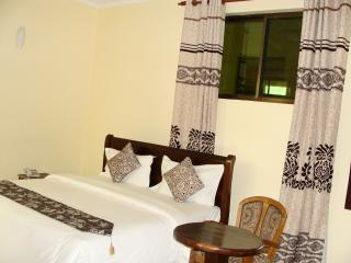VARLEK HOTEL-Superior Room
