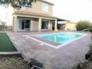 Holiday villa South of France near Pezenas, Nezignan l'Eveque
