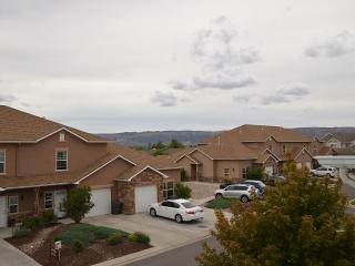 Upscale Condo Near All Attractions, Grand Junction