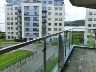 Sea View Apartment - Cork City & Airport