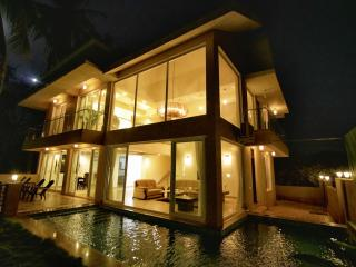 Baga Beach Private Pool Villa, 4 Bed - SeaHorse