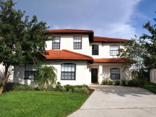 High Grove Gated Resort 5BR Villa Pool, Spa & Game, Clermont