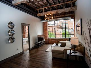 Luxury Downtown Loft, Columbus