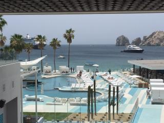 The ME CABO- Best pool on Madano Beach!!