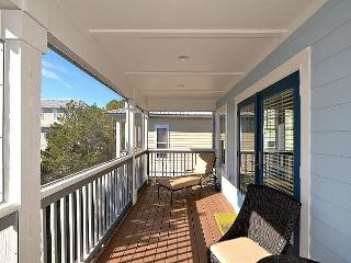 Adorable Beach Cottage in Seacrest! Pet Friendly~Incredible Resort Pool!