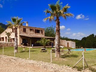 PANORAMIC VILLA ON 40.000qm PLOT,POOL,CLIMATE,WIFI