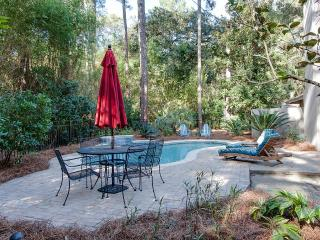 Sea Pines Retreat With Pool And Just 2 Minute Walk, Hilton Head