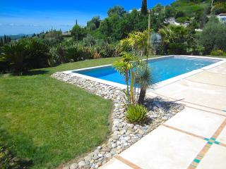 Villa Strelitzia Vence & walking distance to town
