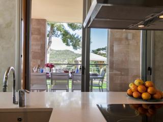 Villa Viste Verde/10 minutes Sitges pour 8/14 pers. Moderne. Terrace 300 M2. Vue