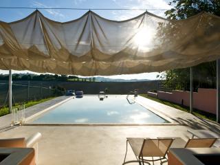 Rosmarina-casa nel verde con grande piscina, Senigallia