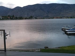 lakefront home, Osoyoos
