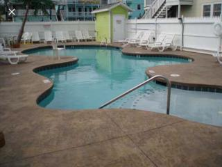 GoodtimesinOC Rental Big 3 bed, Pool,  G. Seniors, Groups  Pets OK 5thSt.