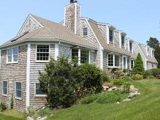 Spacious Nauset Beach Home Sleeps 12: 006-OR, East Sandwich