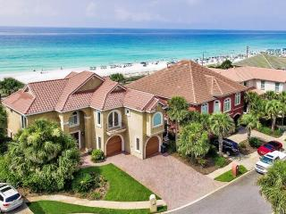 BELLA COSTA: Private Beach! Unrivaled Luxury, Gulf Front w/ Pool, 4 Kings