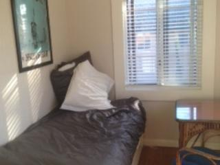 Well lit warm Bedroom, Balgowlah