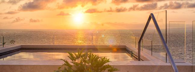 Plunge Pool View at Roof Top