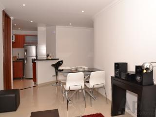 BONNIE - 1 Bed Brand New Apartment with balcony (Unicentro), Bogota