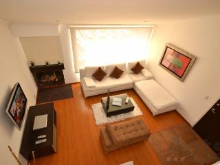 RITA - 2 Bed Renovated Apartment with chimney and views (Cedritos), Bogota