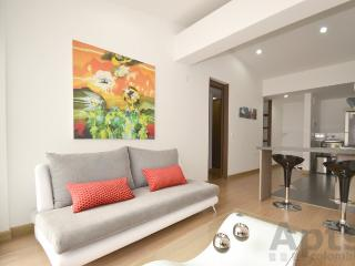 SAFIRA - 1 Bed Modern Apartment with mountain views - Los Andes, Bogota