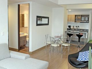 SAFIRA II - 2 Bed Modern Apartment with nevecon & balcony - Los Andes, Bogota