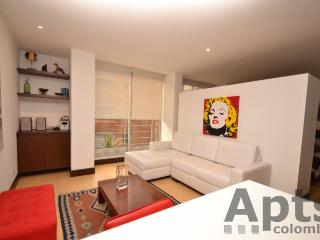 VERONICA B - 1 Bed Executive Studio Apartment with walk in closet (Zona T), Bogota