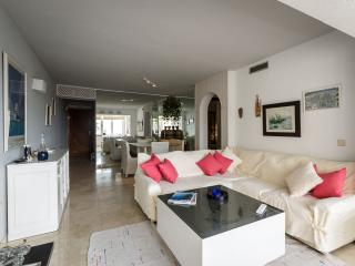 Two bedroom apt with sea view Altea Campomanes