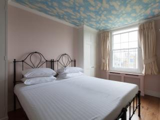 onefinestay - Abbey Gardens private home, London