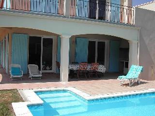 Villa Mimosa, Fuilla