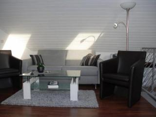 Vacation Apartment in Sendenhorst - 484 sqft, central, modern, bright (# 9619)
