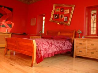 4 star - Glasgow Tenement - boutique apartment