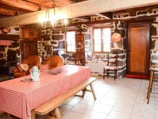 Gite de Loupradelou NARNHAC Cantal