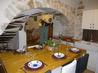 Maison de village avec terrasse, Rians