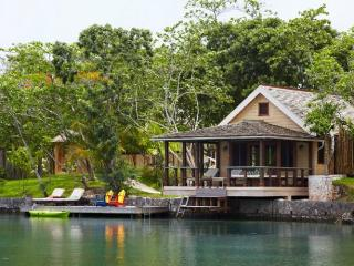 Lagoon Cottages at GoldenEye, Ocho Rios