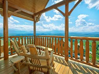 Enjoy Incredible Views and your own Theater Room, Sevierville