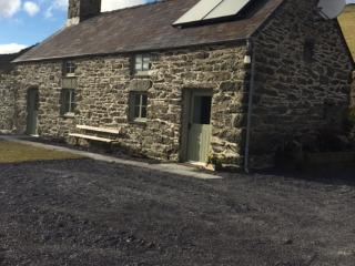 Rustic Welsh Cottage near Betws y Coed and Bala, Cerrigydrudion