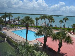 Marco Island Paradise, on the water AMAZING VIEW!