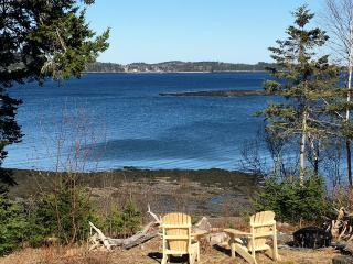 RELAXING OCEANFRONT GETAWAY!!!, Eastport