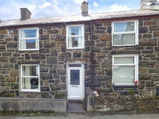 SNOWDONIA COTTAGE, pet-friendly cottage at foot of Snowdon, close amenities