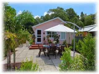 50% Off Sale! Cute Bungalow! Walk To Everything!, Sarasota