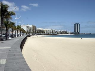 Accommodation CAPACITY TO 10 PEOPLE!, Arrecife
