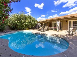 1 Level House @ Condo Price! Private Pool & Yard 2, Scottsdale