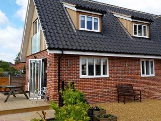 Brightside Norfolk Broads riverside cottage