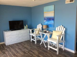 Carolina Breeze - Carolina Beach Oceanfront