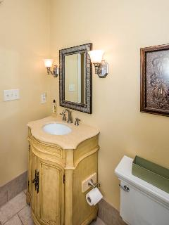 Great full bath with shower/tub on top level.