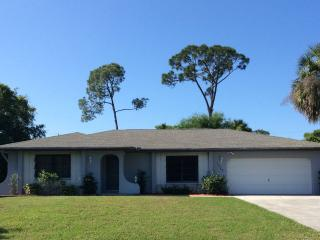 Private Family Home with Pool, Port Charlotte