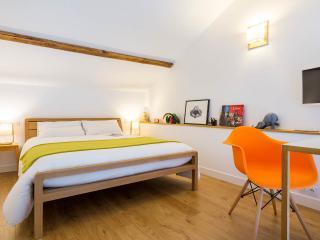 Chambre lit très confortable (200 x 160)